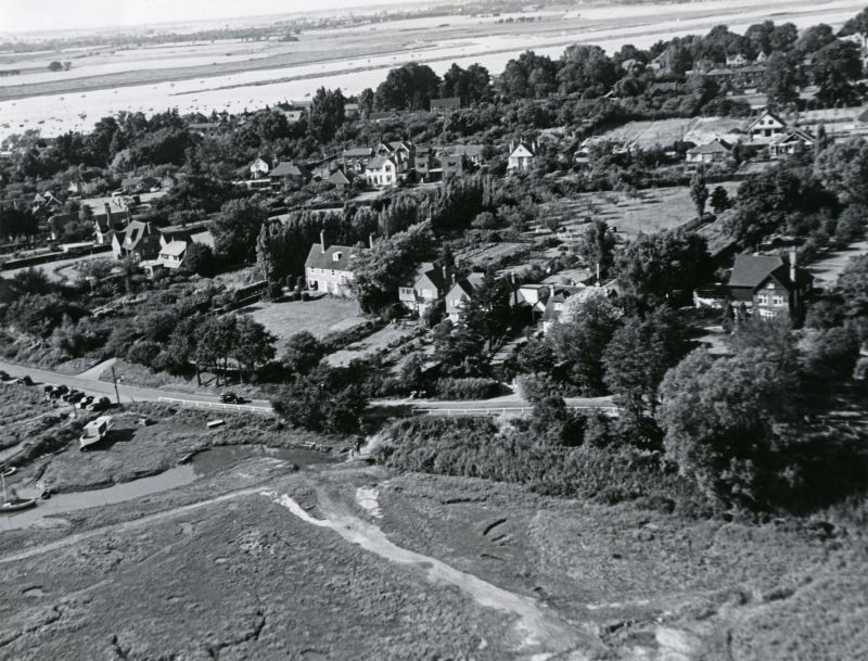 Jack Botham aerial photograph 2229. Coast Road and Hove Creek. 