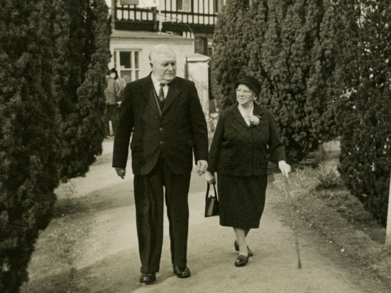 Bill and Mrs Clarry.