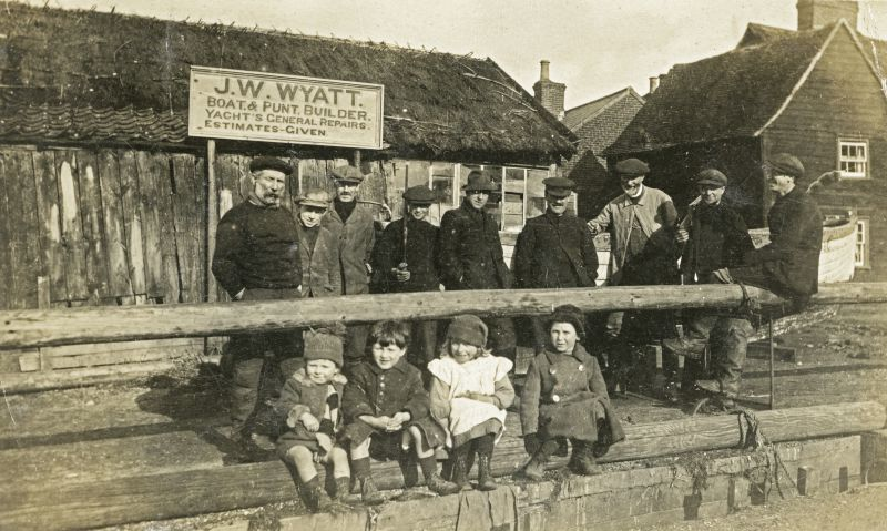 Wyatts shed, Old City. Men standing L-R Zeb Milgate, Jack Cudmore, Bob South, ?, Jim Hempstead, Wm Wyatt. 