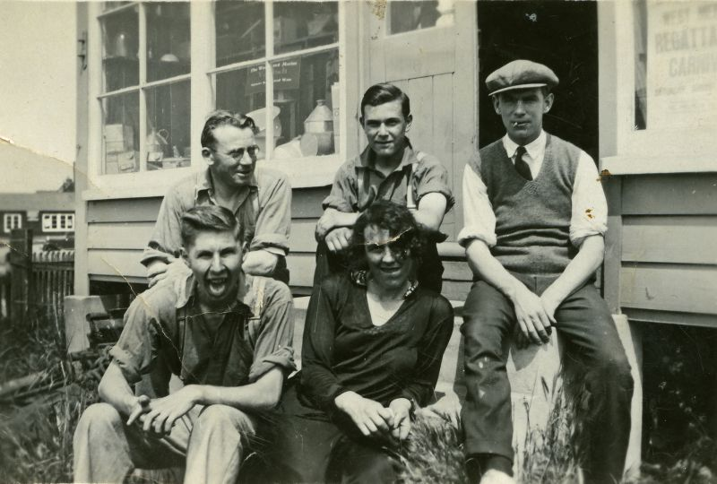 Gowens sailmakers. 
