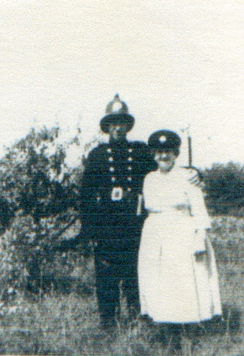 David Mussett with Edie Heywood - David's mother's sister. 