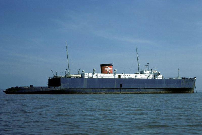 ESSEX FERRY laid up in the River Blackwater. Date: 1982.