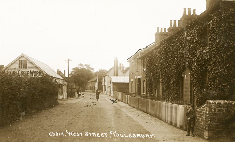 West Street, Tollesbury. Postcard 63814 mailed 3 August 1915.