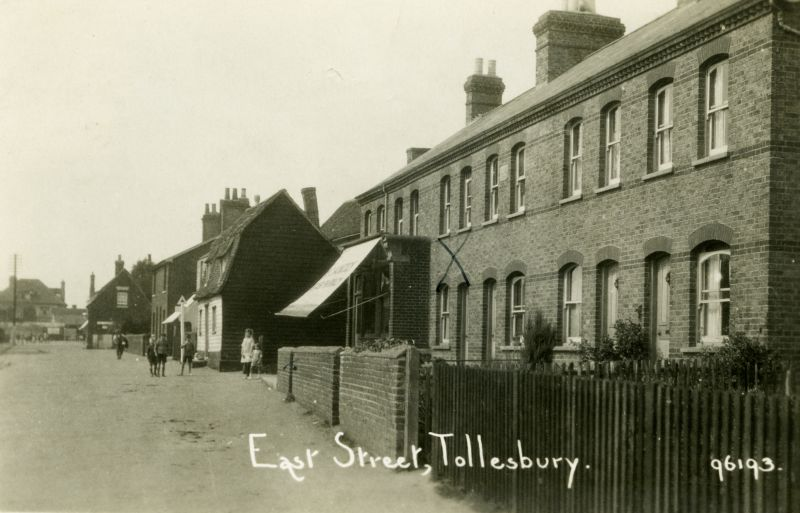 East Street, Tollesbury. Postcard 96193 mailed 25 August 1928. 