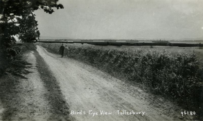 Birds Eye View, Tollesbury. Mell Lane? Postcard 96180 written 12 July 1937.