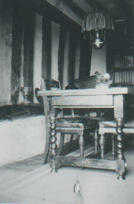 Kemps Farm interior 1932