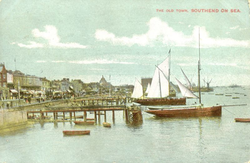 Southend beach orig card mailed Sep 1910 