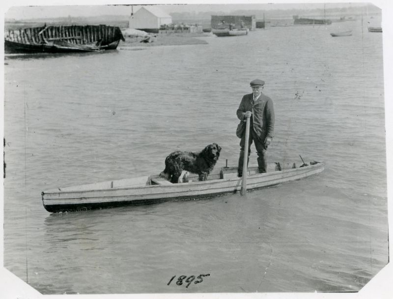 George Peggs of Brightlingsea in a typical gun punt.