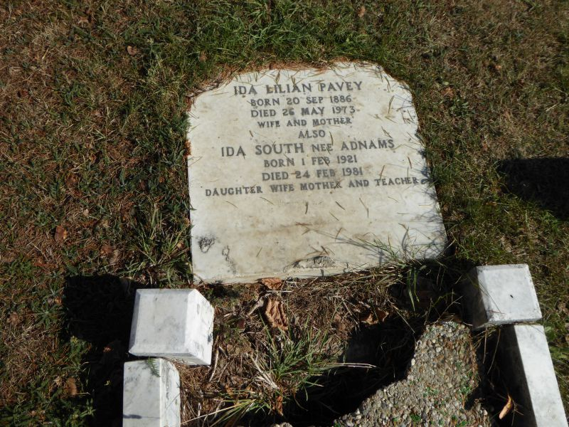 Ida Lilian Pavey Born 20 Sep 1886, died 26 May 1973
