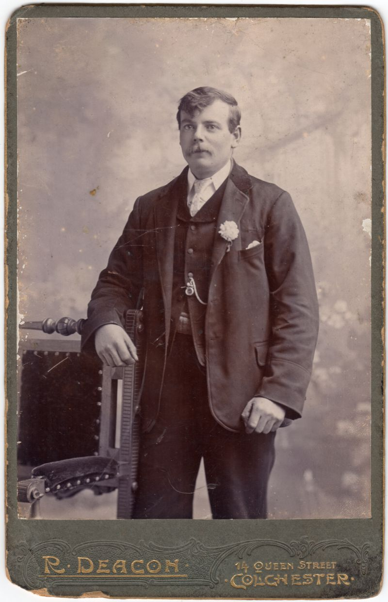 Joseph Charles William Mallett born 1872 and died 20 Dec 1911. Barge skipper.