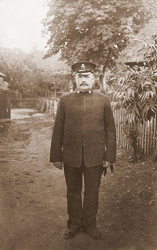 Policeman W. Fletcher in Police uniform. He was Steve's Great Grandfather and was one of the first Police Officers stationed on Mersea. He had two daughters - Maud (Steve's grandmother) and Lucy, and a son Ralph who was killed on the the first day of the Battle of the Somme 1 July 1916.
