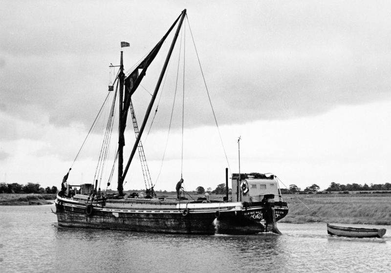 Stumpie barge BEATRICE MAUD in upper Crouch. 
