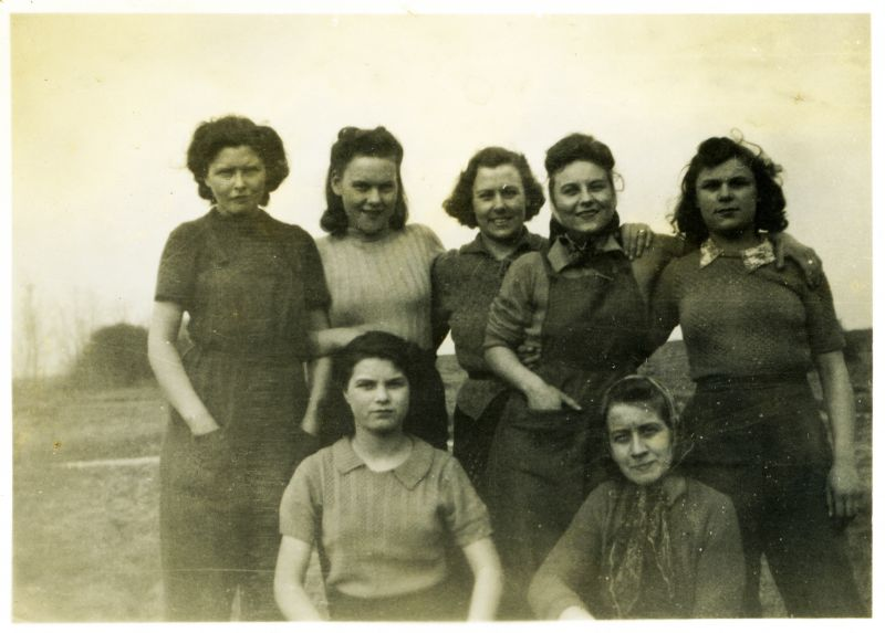 Tollesbury girls.