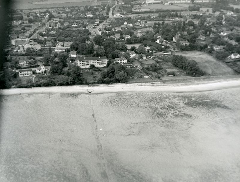 Jack Botham Aerial photograph 622. Kings Hard, New Orleans, view looking north. 