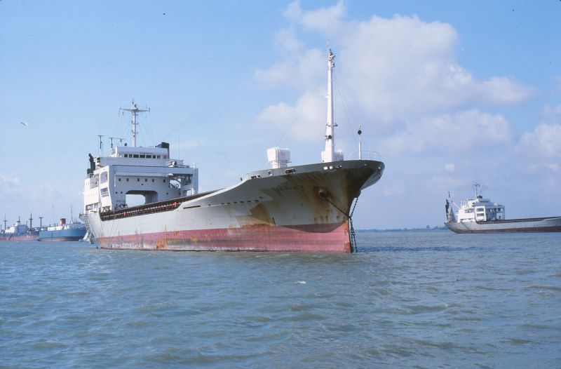 OPAL BOUNTY laid up in the River Blackwater. Astern are NORFOLK FERRY and PROTOKLITOS. Date: 3 October 1982.