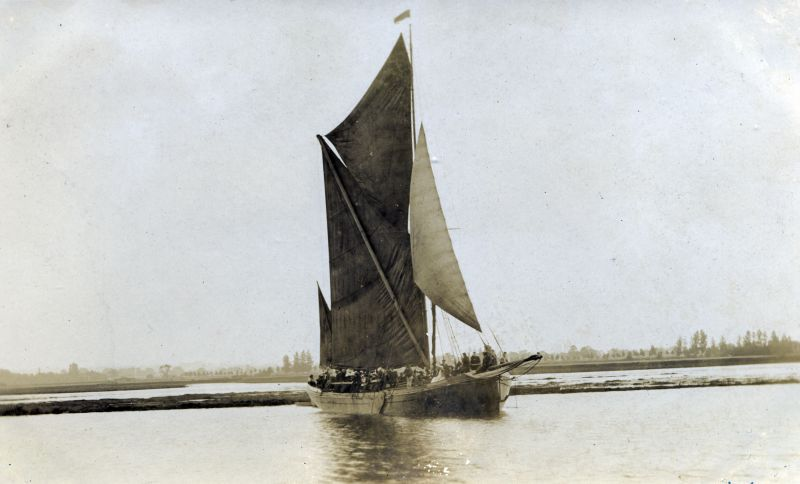 Sailing Barge ETHEL MAUD Constitutional Club trip from Maldon.