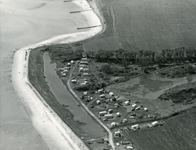Jack Botham aerial photograph 3205. Decoy Point. Early days at Waldegraves Caravan site. 