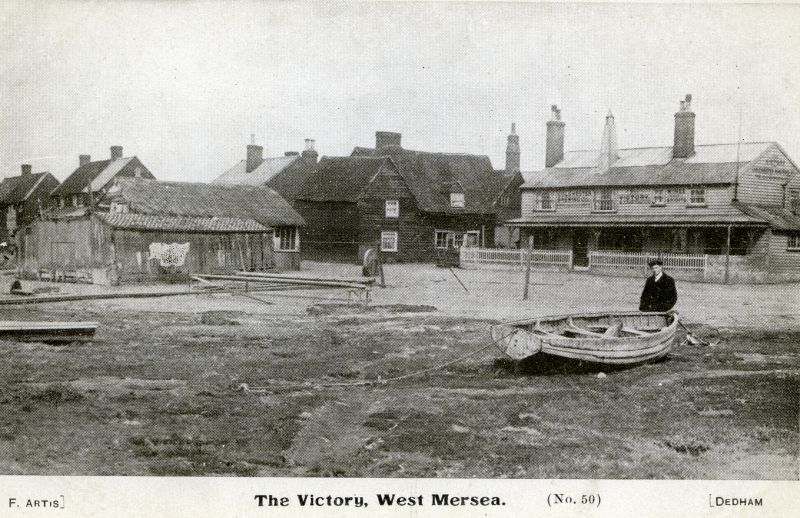 The Victory, West Mersea. The new Victory was built further up Coast Road c1906.