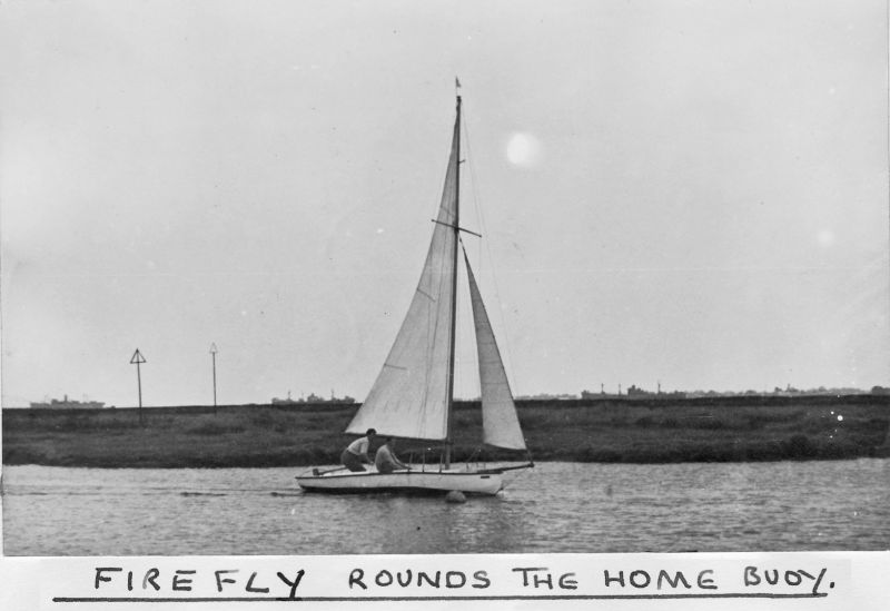 FIREFLY rounds the home buoy. Tollesbury Sailing Club. 