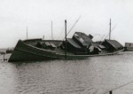 30. ID HAD01_016 Houseboat SEAHORSE after the 1953 Floods.